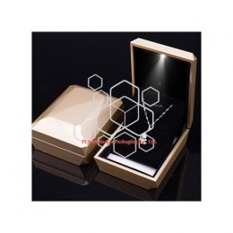 Diamond shape luxury necklace custom jewelry packaging boxes design